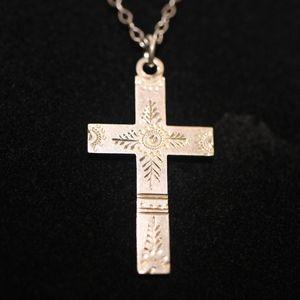 Sterling Silver Cross & Chain